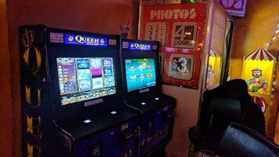 buy a slot machine online